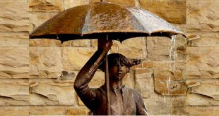 बरसात में खानपास कैसा हो